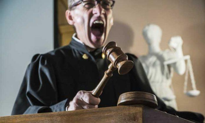 Ein wütender Richter